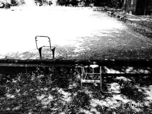 椅子2脚写真2.jpg